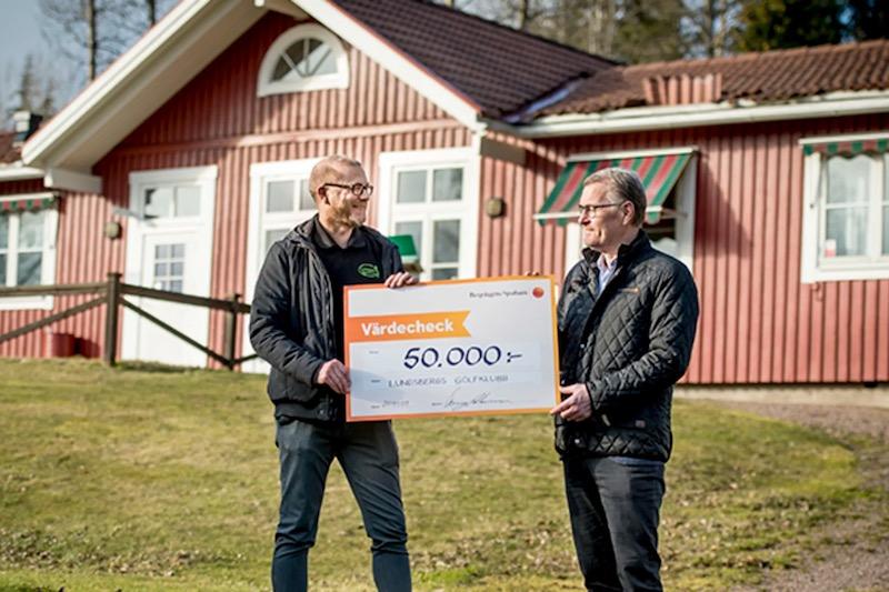 Lundsbergs golfklubb får bidrag från Bergslagens Sparbanks ägarstiftelse