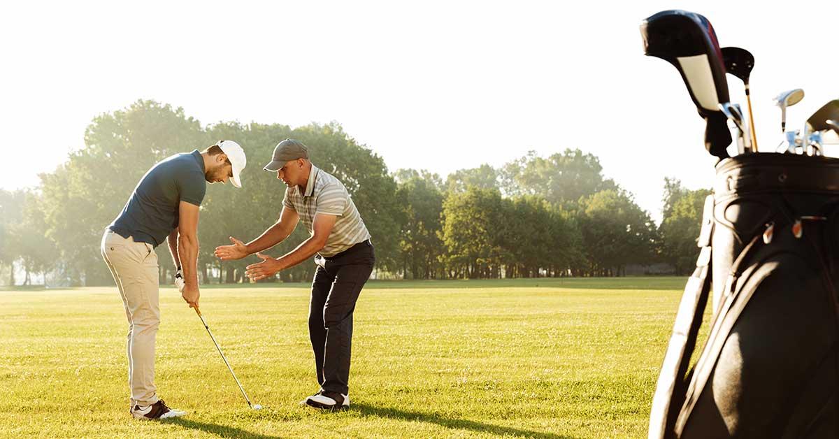 Golftränare instruerar - Grönt kort
